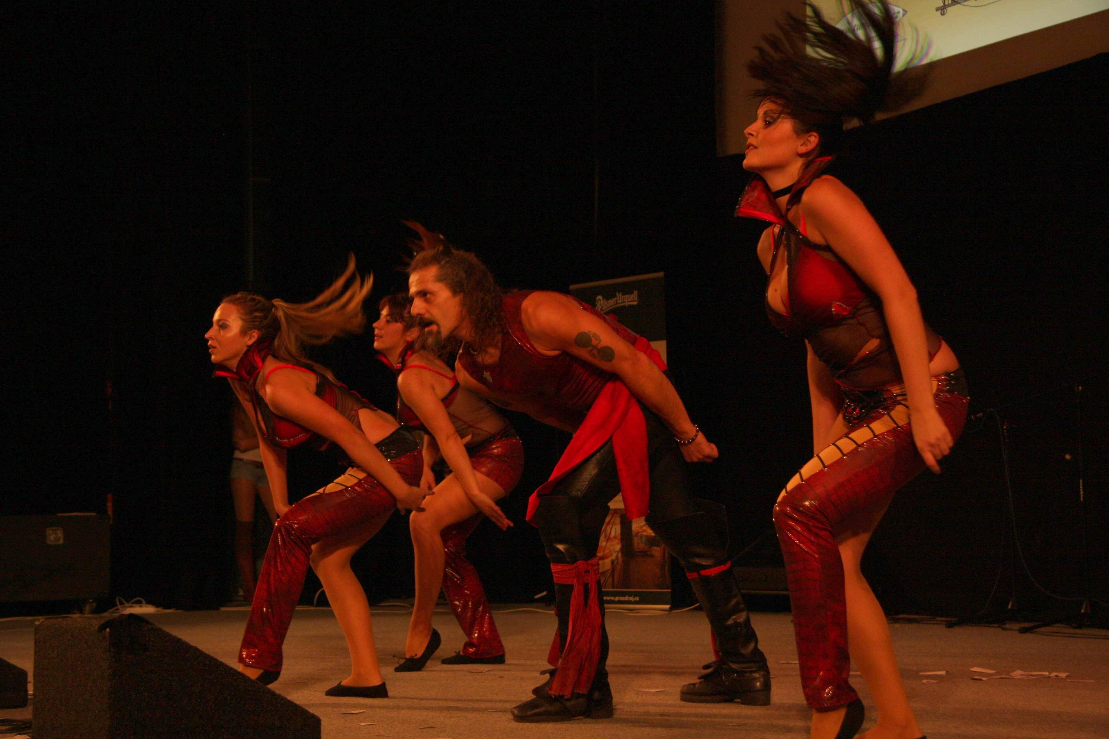 soukromé doprovod tanec