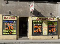 """Zastavárna a Bazar """"U hrocha"""""""