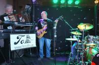 To Nic – Pop-rocková, taneční a zábavová kapela