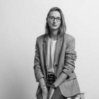 Monika Kraft – One Woman Production